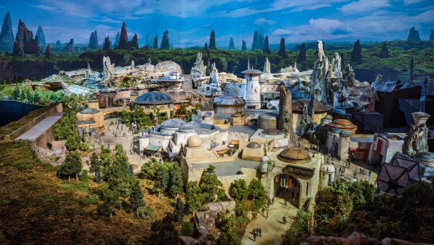 star-wars-land-model-disney-world-disneyland-205